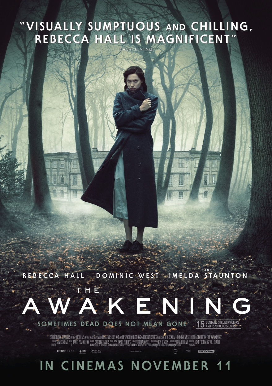 movie awakenings Sacks' experiments are the core of awakenings, the acclaimed hit movie starring robert de niro, who portrays fictional patient leonard lowe, and robin williams, who plays lowe's neurologist dr malcolm sayer, the fictional character based on sacks.