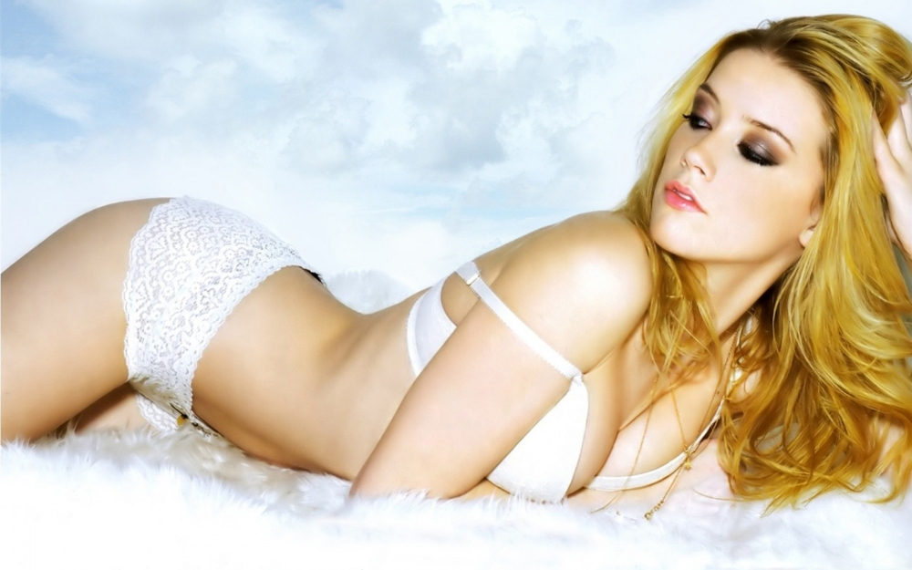 Amber-Heard-Pictures-27