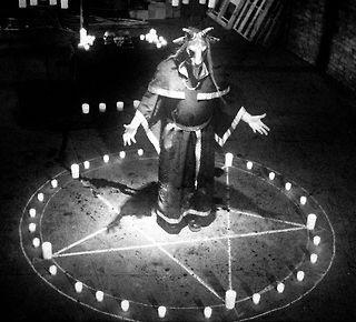 David-Icke-Satanic-Rituals-Video